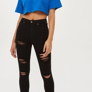 Topshop Black Super Ripped Jamie Jeans, size 24